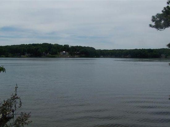 9711 Lake Dr, Mecosta, MI 49332
