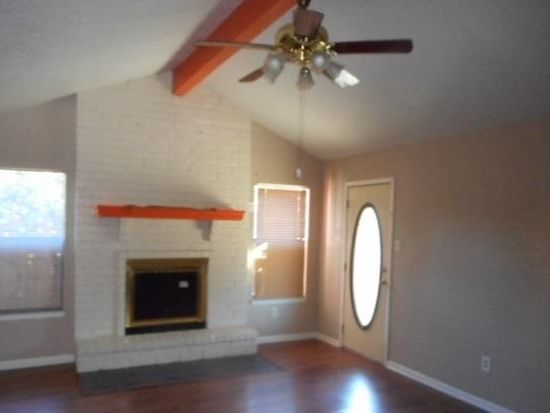 2330 Monica St, Beaumont, TX 77707