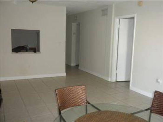 10900 SW 104th St APT 215, Miami, FL 33176