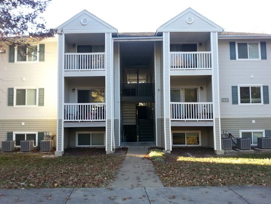 5520 Rockview Curv APT B, Richmond, VA 23228