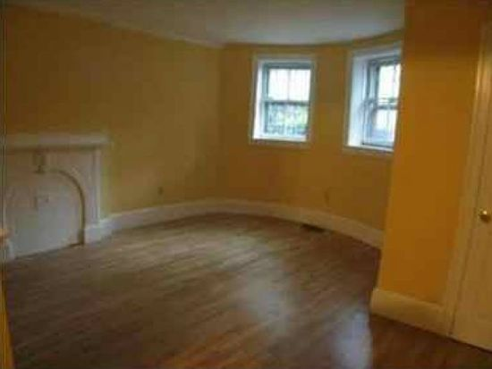129 Warren Ave APT 1, Boston, MA 02116