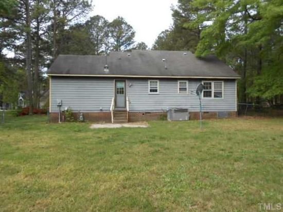 5329 Trestlewood Ln, Raleigh, NC 27610