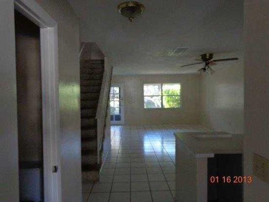 3316 Ramblewood Pl # 24D8, Sarasota, FL 34237