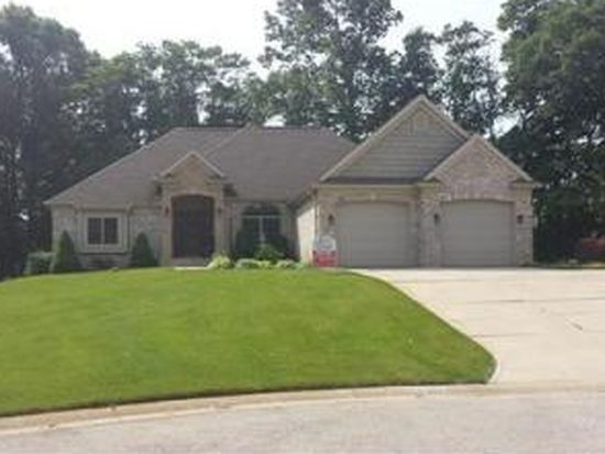 50996 Hawthorne Meadow Dr, South Bend, IN 46628