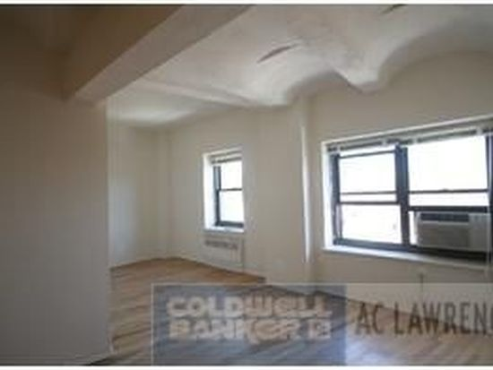 277 W 10th St APT 9F, New York, NY 10014