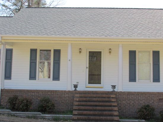 122 N Pointe Dr, Goldsboro, NC 27530