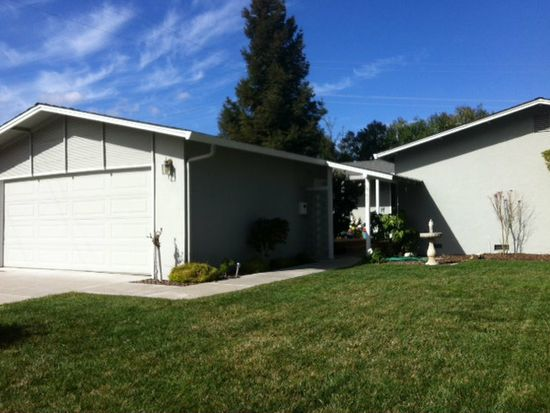 867 E Estates Dr, Cupertino, CA 95014