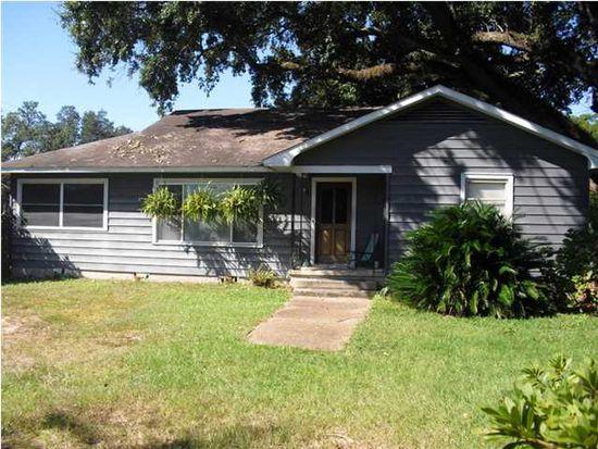 2762 Hillcrest Rd, Mobile, AL 36695