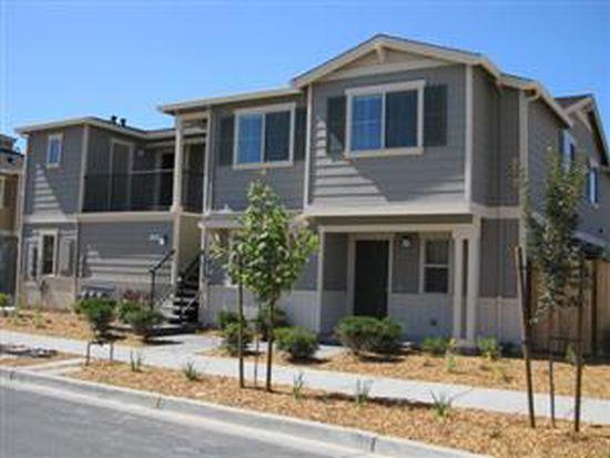 2472 Orleans St, Santa Rosa, CA 95403