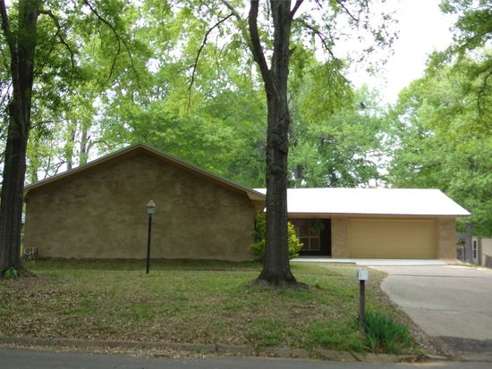 503 Woodstone Rd, Clinton, MS 39056