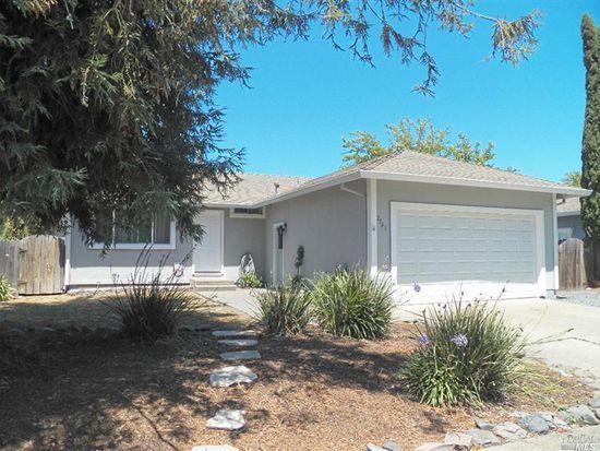 2541 Campbell Dr, Santa Rosa, CA 95407