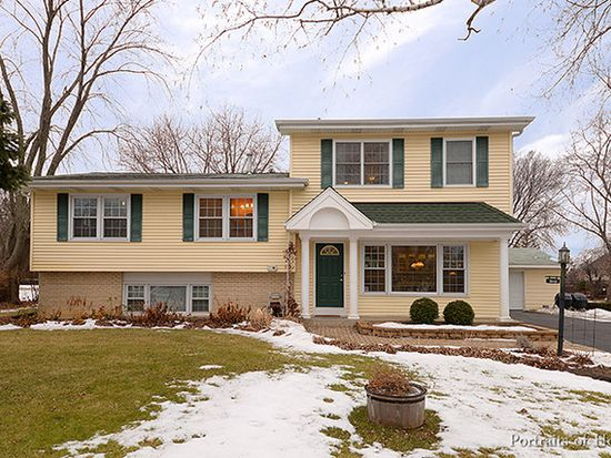 1S436 Lewis Ave, Lombard, IL 60148