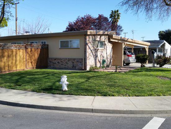 697 Los Olivos Dr, Santa Clara, CA 95050