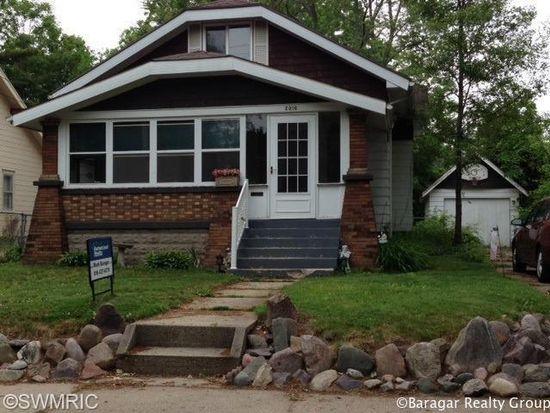 2016 Coit Ave NE, Grand Rapids, MI 49505