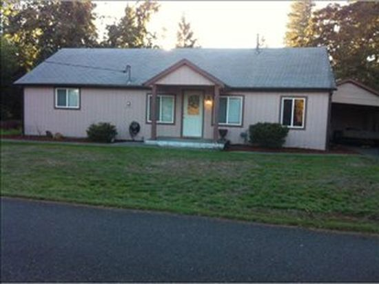 563 7th St, Lyons, OR 97358
