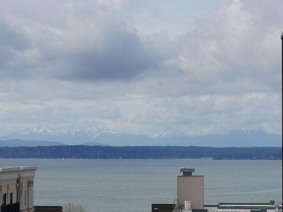 323 Queen Anne Ave N APT 510, Seattle, WA 98109
