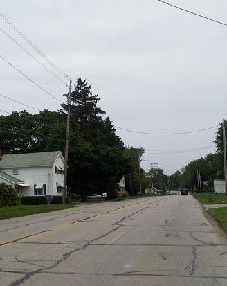 504 W Main Rd, Conneaut, OH 44030