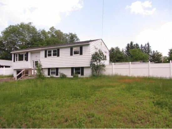 12 Toofs Dr, Winchester, NH 03470
