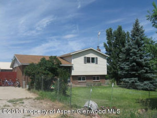 3 Collom St, Maybell, CO 81640