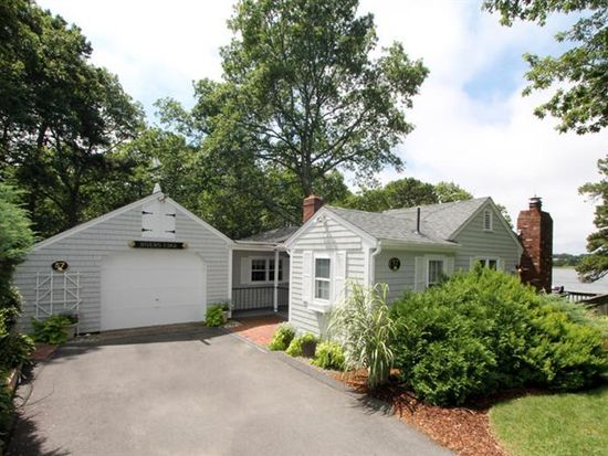 57 Hawthorn St, South Dennis, MA 02660