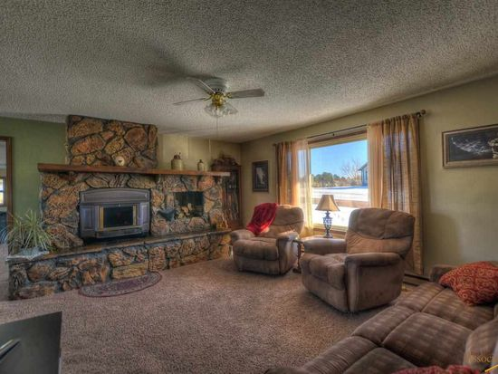 8511 Dunsmore Rd, Rapid City, SD 57702