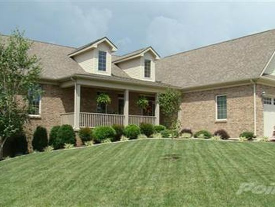 255 Runnymeade Dr, Winchester, KY 40391