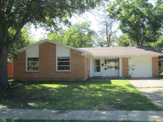 1738 Virginia St, Grand Prairie, TX 75051