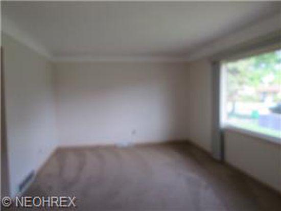 13513 Carpenter Rd, Garfield Heights, OH 44125