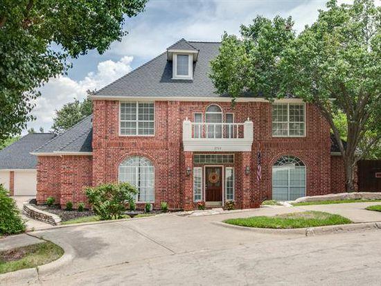 2703 Shady Hill Ct, Grapevine, TX 76051