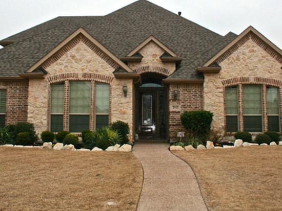 2512 Strathfield Ln, Roanoke, TX 76262