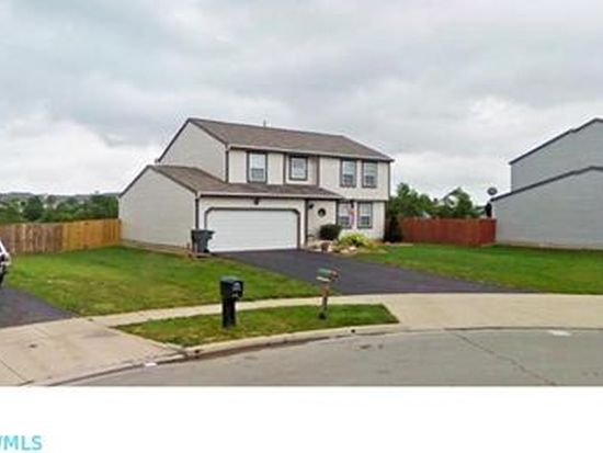 1788 Westbrook Village Dr, Columbus, OH 43228
