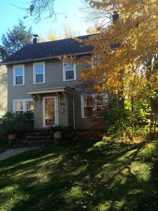 3054 E Overlook Rd, Cleveland Hts, OH 44118