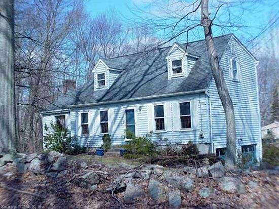 123 Peddlers Rd, Guilford, CT 06437