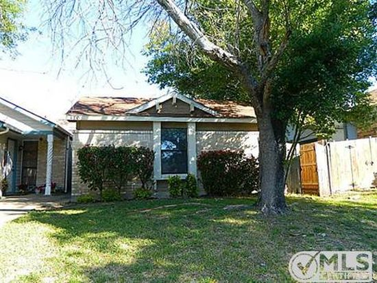 410 Dollins St, Cedar Hill, TX 75104