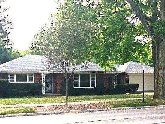 130 E Franklin St, Centerville, OH 45459