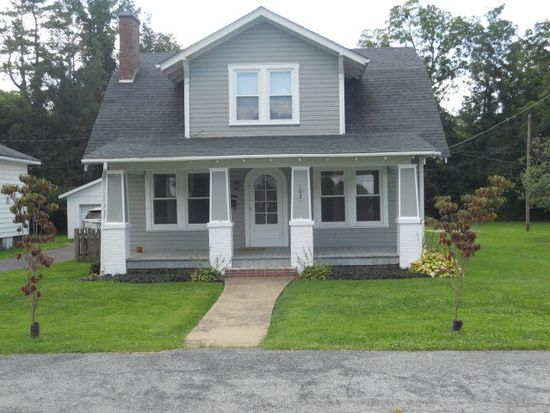 103 Payne St, Tazewell, VA 24651