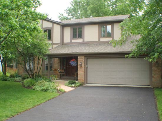 991 Autumn Woods Dr, Westerville, OH 43081