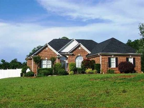 571 Thorn Cove Dr, Chesnee, SC 29323
