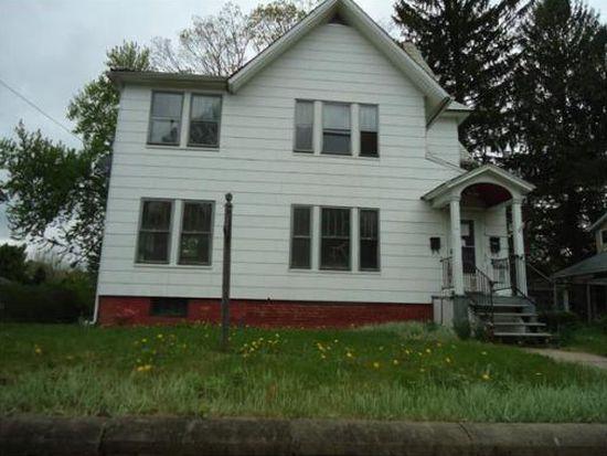 257 Pleasant St, Holyoke, MA 01040