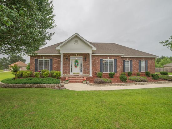 15 Latigo Loop, Sumrall, MS 39482