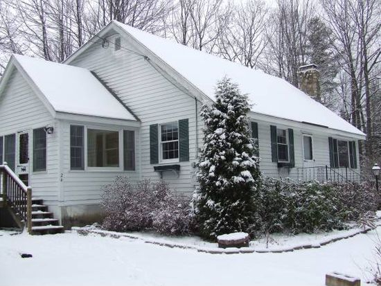 24 Fireside Dr, Center Conway, NH 03813