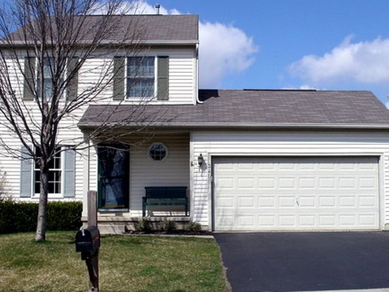 340 Meadow Ash Dr, Lewis Center, OH 43035