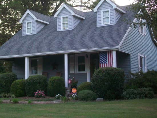 535 Spickert Knob Rd, New Albany, IN 47150