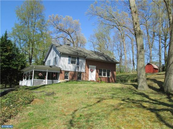 35 Molly Ln, Chadds Ford, PA 19317