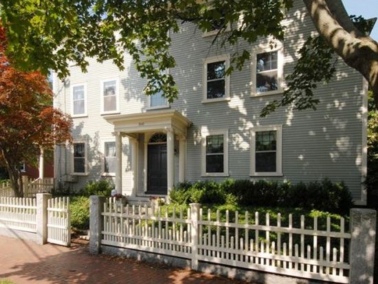 160 Middle St, Portsmouth, NH 03801