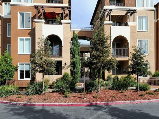 801 S Winchester Blvd APT 3105, San Jose, CA 95128