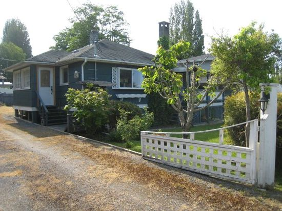 662 Largaud Dr, Point Roberts, WA 98281