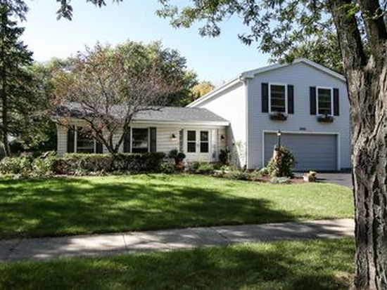 3940 W End Rd, Downers Grove, IL 60515
