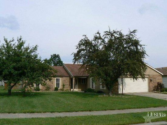 12008 Willowind Ct, Fort Wayne, IN 46845