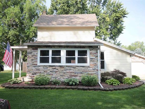 321 S Park St, Wakarusa, IN 46573